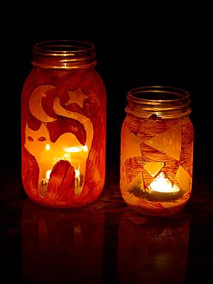 Halloween Lanterns on BusyMommyMedia.com