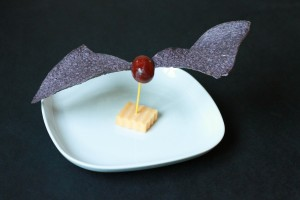 Healthy Halloween Treat – Bat Bites