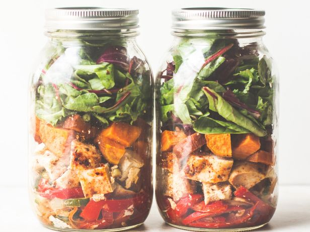 15 Meals you Can Make in a Mason Jar