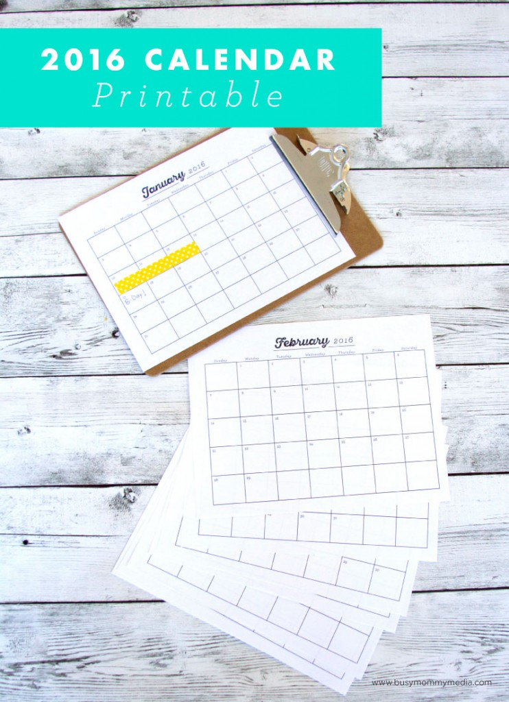 2016 Printable Calendar | This is a great way to get organized for the new year. I love the clean design!