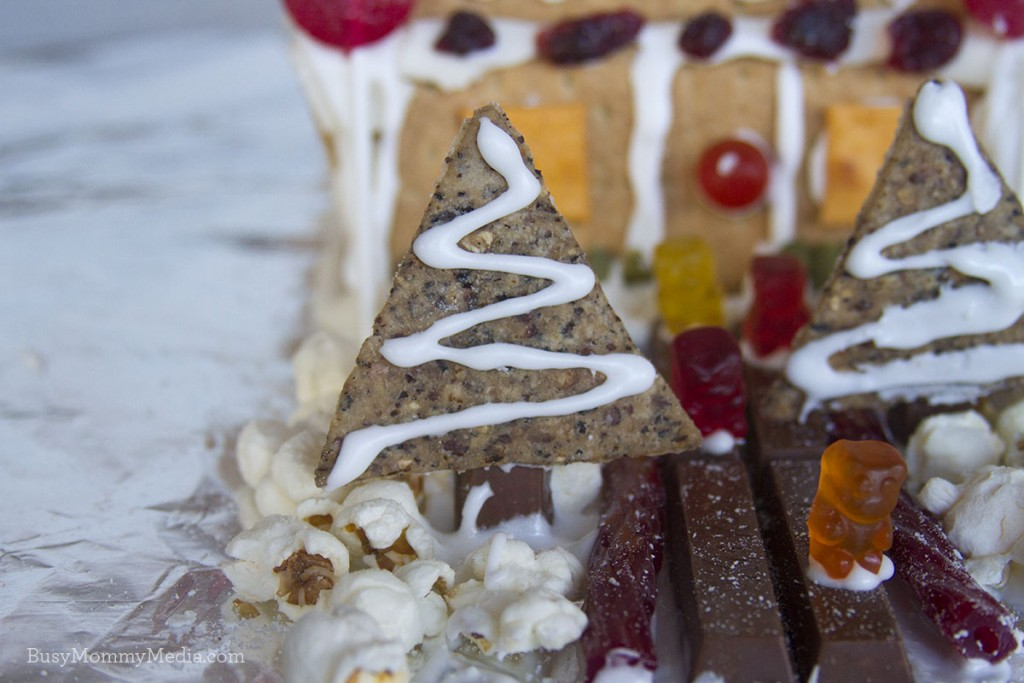Artificial Dye-Free Gingerbread Houses