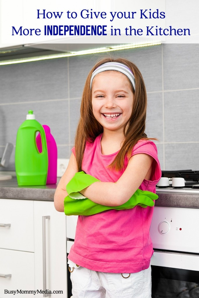 How to Give your Kids More Independence in the Kitchen | Great tips for moms who want to raise independent kids and get some help in the kitchen!