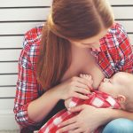 How to deal with clogged milk ducts while breastfeeding