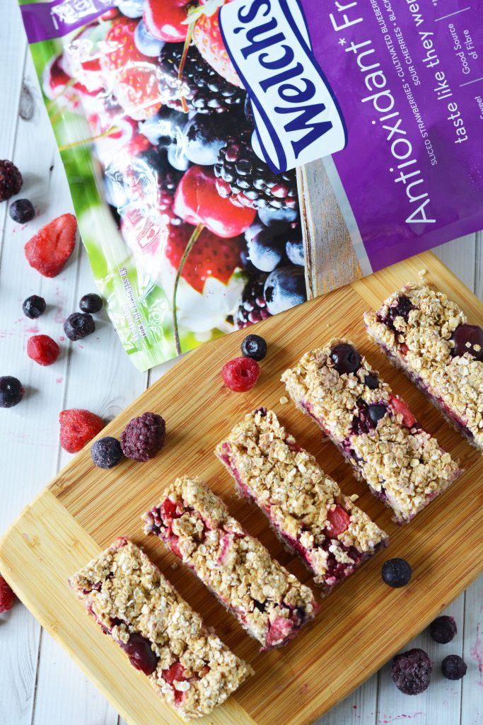 Very Berry Granola Bars