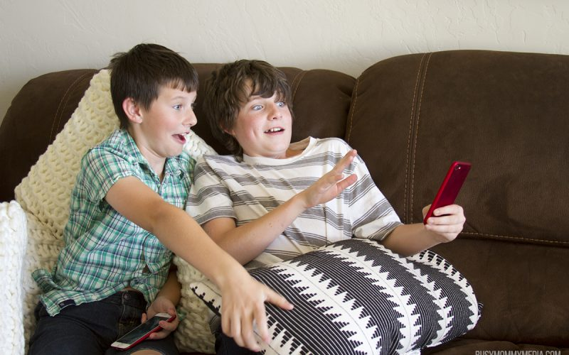 How to Teach Kids to Use Cell Phones Responsibly