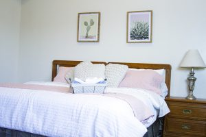 How to Prepare your Guest Room for Holiday Guests