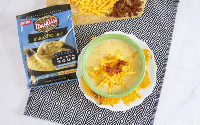 Easy Cheesy Crackers with Idahoan Premium Steakhouse Soup