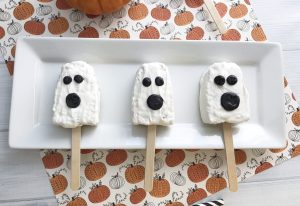 Cute (and EASY) Ghost Rice Krispies Treats